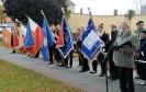 Sztandar OSP Rynarzewo na uroczystości posadzenia Dębu Katyńskiego w Szubinie